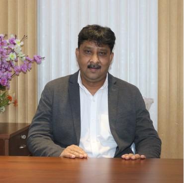 Mr. Rakesh Saxena